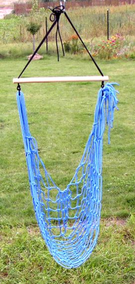 rope for pets    swinging rope with wooden disc    hammock chair    climbing ladder     romak group gmbh production of ropes cords  s ropes and cords      rh   romakgroup de